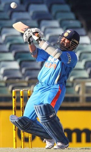 Sachin-Tendulkar-upper-cut-cricket
